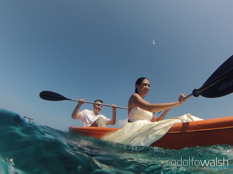 roatan wedding photographer-trash the dress photos inifinity bay resort