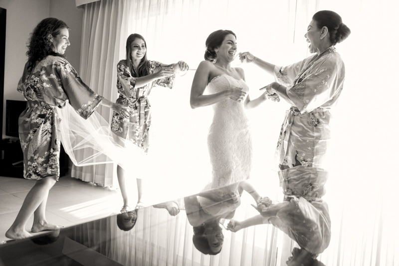 A (204) Bride getting ready with mom and bridesmaids at Azul Fives - Weddings in Playa del Carmen