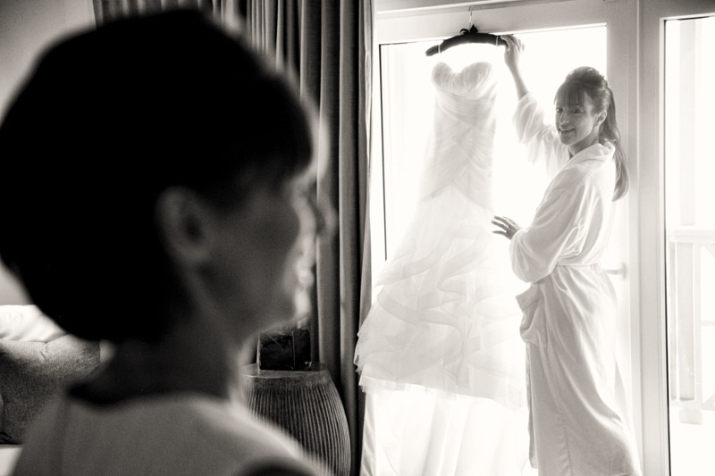 DC-1013 Bride with mom holding the wedding gown- Carlisle Bay Hotel weddings Antigua