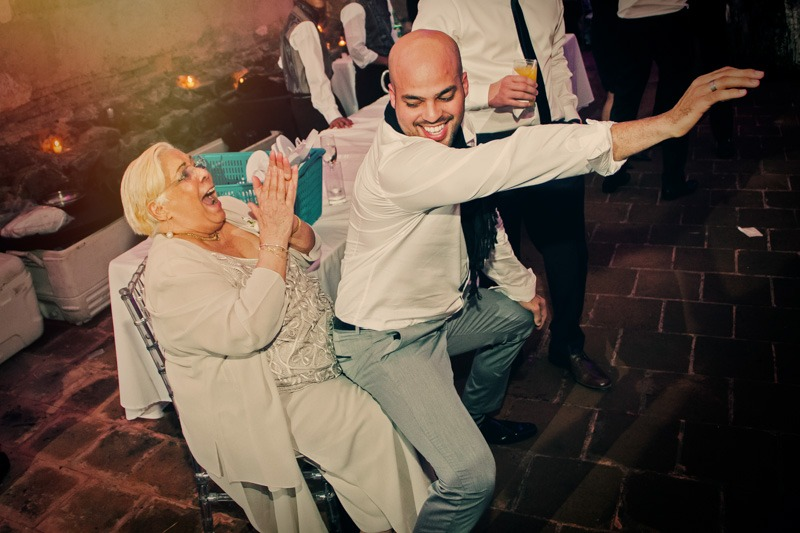 TC-1682  Sexy dancing with grandma - destination wedding photographer Antigua Guatemala