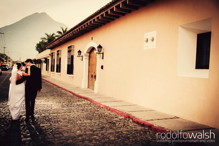 san-jose-el-viejo-antigua-guatemala-wedding-photos-8