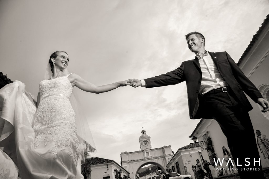 antigua guatemala wedding photographers-bride and groom in the arch street