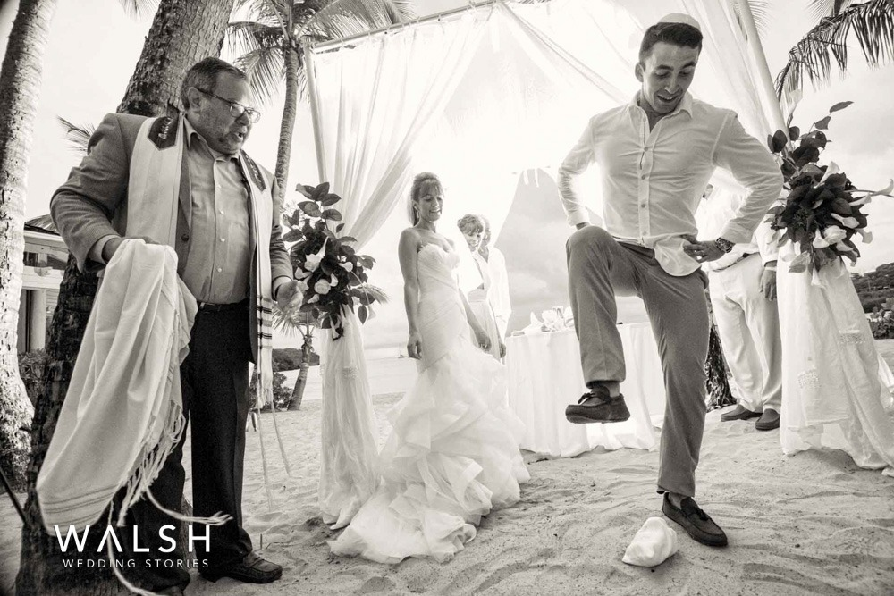 jewish beach wedding at the beach in Antigua